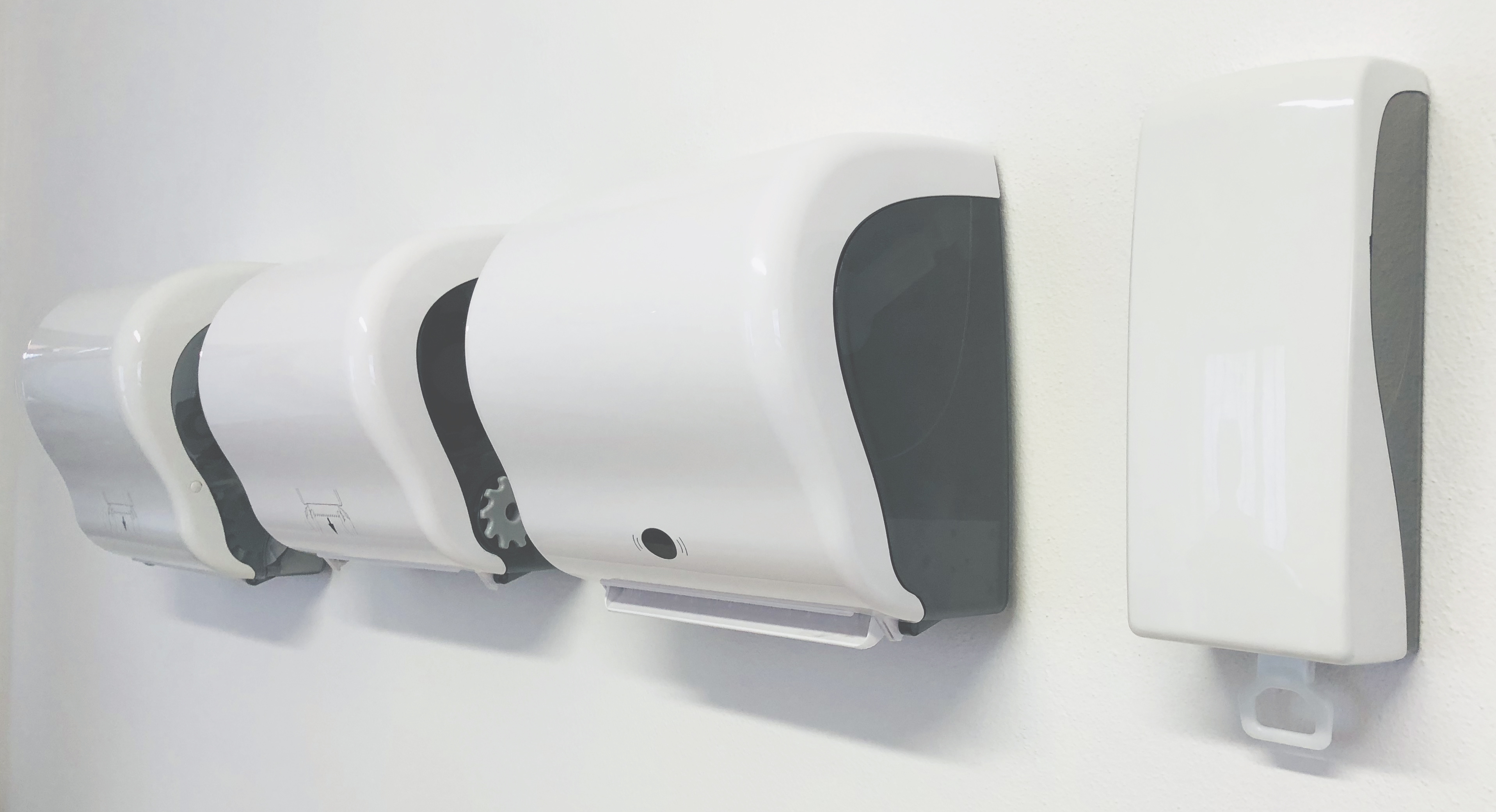 SCI-Services completes its papercut range with the Pico Cut, Pico S and a foam soap dispensing system